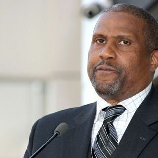 Tavis Smiley Suspended Indefinitely Amid Accusations Of Sexual Misconduct What's Really Going On?