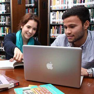 Las Licenciaturas en Filosofía y Ciencias Sociales de nuestra U, mandan la parada