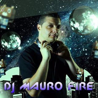 DJ Mauro Fire_ ai Microfoni di Radio Noi Musica