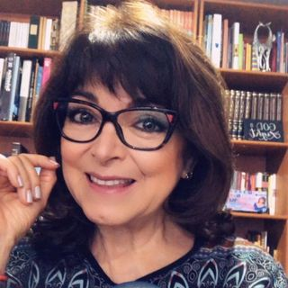"""La Dra. Rosa Argentina Rivas Lacayo habló de las """"4 etapas de nuestros desiertos""""."""