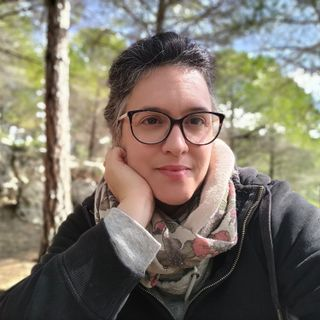 Covid19 in East Jerusalem, walking around the city, conspiracy theories, bilingualism and social media with Maya de Vries