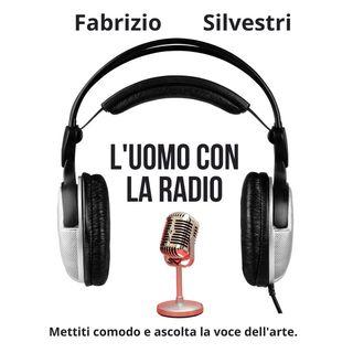 L'uomo con la radio - Silvia Mezzanotte