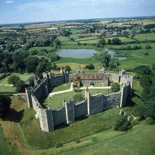 Framlingham - the castle town of England