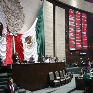 Propuestas irresponsables de Morena y PT en el Congreso