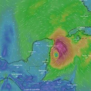 Tormenta tropical Zeta se convirtió en huracán categoría 1