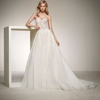 Wedding Gowns Chicago