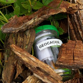 Wayne Brown tells us all about Geocaching in his latest tech slot