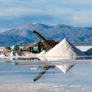 Economía descarta grandes depósitos de litio