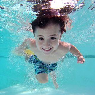 Niños seguros en el agua