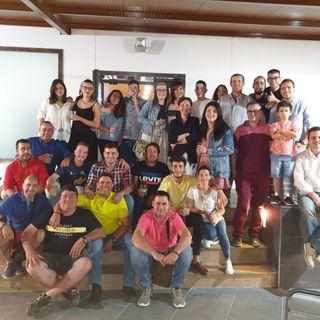 Restaurante Los Cazorlos - Lorca.  Clientes y trabajadores unidos para animar a la dirección )