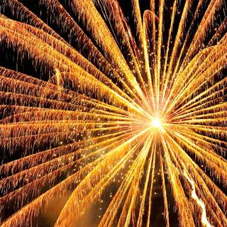 50.- Cómo fotografiar fuegos artificiales y mucho, mucho más.