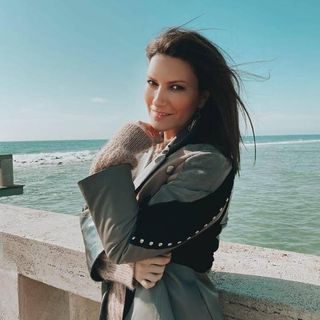 Laura Pausini Fan Radio Pausiniana
