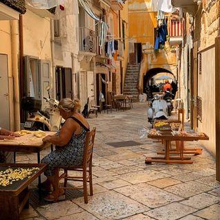 24 - Salvatore racconta... Bari, la porta del Levante