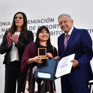 López Obrador entrega Premio Nacional del Deporte