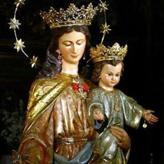 María Madre de la Iglesia y Auxiliadora de los Cristianos