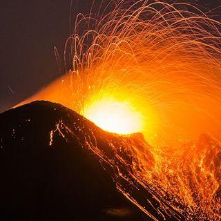 gli gnomi e il vulcano