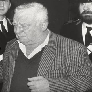 «Pacciani è colpevole o innocente?» Si apre il Processo al Mostro di Firenze (1994)