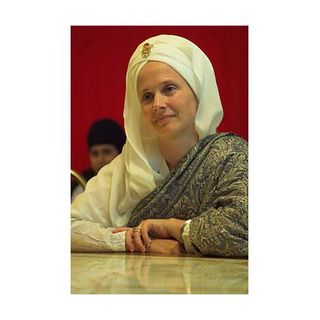 Interview with Snatam Kaur - America Meditating Radio Show w/ Sister Jenna