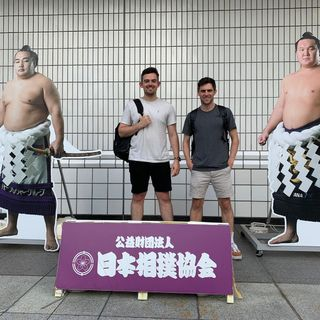 Japan 2019- E12- 30 Sep- The Scots sail past Samoa, plus we visit Sumo, & Cat Cafes