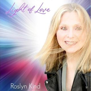 """Roslyn Kind Chats With Donna Lyons on """"Love, Liberty and Lip Gloss"""""""