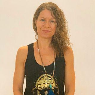 #20 Hatha Yoga - ærlig snak med Ann-Charlotte Monrad
