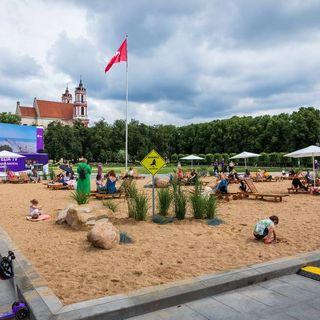 О судьбе пляжа на Лукишской площади