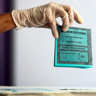Chi ha vinto, chi ha perso, chi l'ha sparata più grossa: la verità dei fatti su referendum e regionali