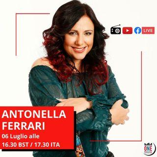 Antonella Ferrari: Combatto la sclerosi multipla personalizzando le mie stampelle