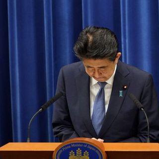 Il premier giapponese Shinzo Abe si dimette. Alla base della decisione, motivi di salute