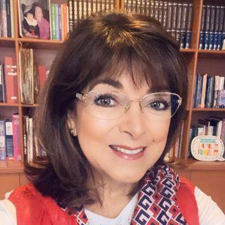 """Martha Sánchez Navarro con el tema: """"Mi cuerpo no se enferma, me informa""""."""