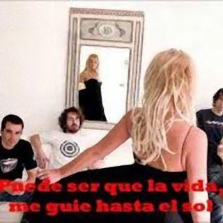 El Canto del Loco y Amaia M. - Puede Ser