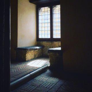 Le case della vita: settima puntata: la casa di Via Cesare Battisti: Chiodi, viti, martelli, semenze (prima parte)