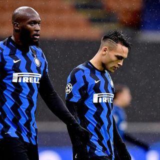 Inter, fallimento totale: Conte è fuori dall'Europa. L'Atalanta in versione Dea vola agli ottavi