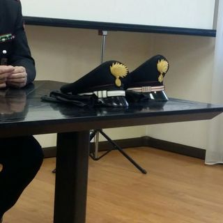 """Insulta i carabinieri via social: denunciato uno dei tanti """"leoni da tastiera"""" del web"""