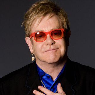 Parliamo del party pre-Oscar a scopo benefico, che Elton John organizza ogni anno a Los Angeles nella Notte degli Oscar. Poi andiamo al 1992