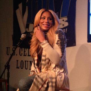 The E.Jones Show Feat Tamar Braxton