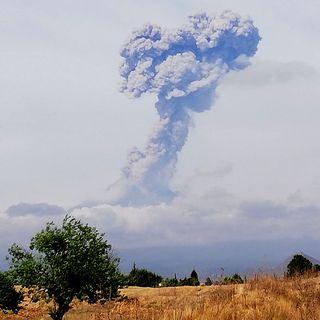 Presenta el Popocatépetl dos explosiones