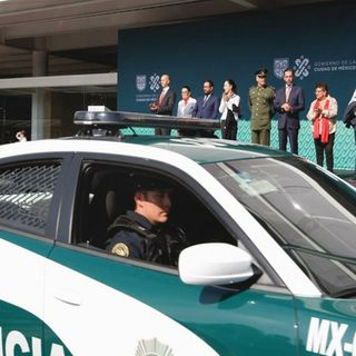 Entregan 134 patrullas en Miguel Hidalgo