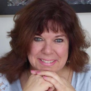 Angel Messages delivered through Carol Solis Intuitive and Psychic Medium