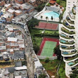 ToselloCast 8 - Economia e desigualdade