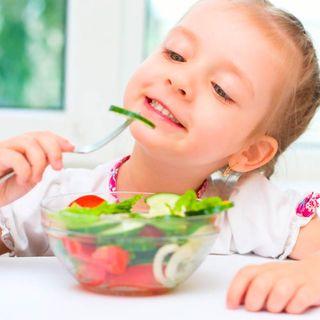 Prohibición de alimentos chatarra, ¿qué deben consumir los niños?