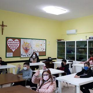 A noi la linea - Madonna del Carmine Santa Teresa D'Avila Formia