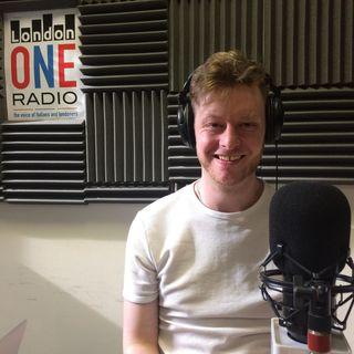 Robin Shaw will be in our studio presenting his last song 'Routine of Love' aggiornamenti sul mondiale e intrattenimento
