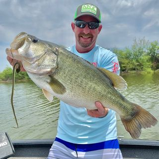 Dustin Catrett Developing the written word of Bass Fishing