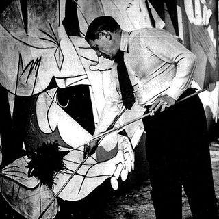 RadioRaccontiamoci Guernica una Storia di Orrori e di Pittura di Chiara Periti voce LaSymo