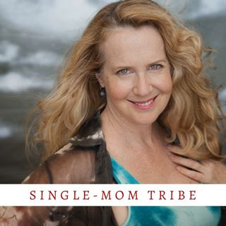 Hollywoodn't with Lisa Verlo... Mapping Her Way through Motherhood and the Me Too Movement