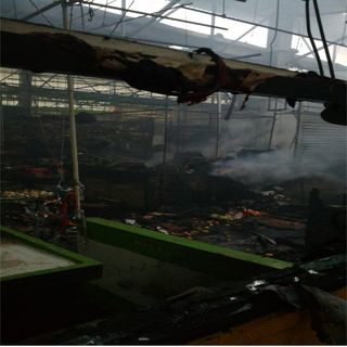 Controlan incendio en el mercado de San Cosme