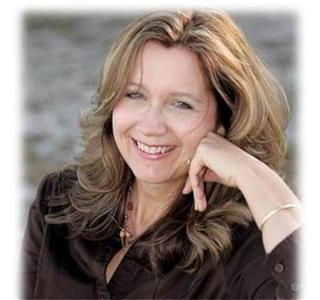 Earn Money Blogging with Blogging Expert Cindy Buccieri