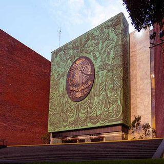 Muñoz Ledo preside la Mesa Directiva de la Cámara de Diputados