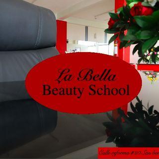 Se presenta Academia La Bella